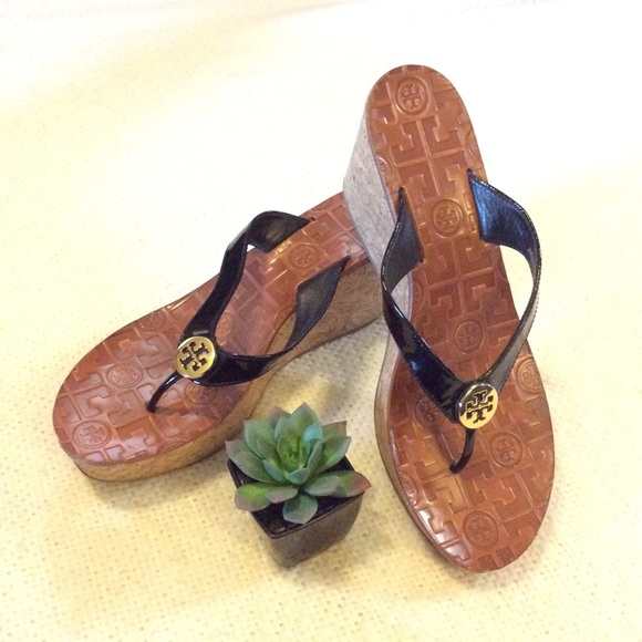 41acbd5275290 Tory Burch Thora Cork Wedge Sandals 🌺. M 5abd73d046aa7cf10b2b64a1